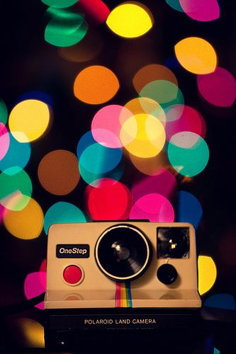 Camera.: Polaroid Pictures, Fashion Style, Take Pictures, Bright Color, Christmas Lights, Photography Tips, Digital Cameras, Tips And Tricks, Christmas Photos