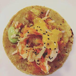 🌮Tacos de chicharrón 🌮 J'ai enfin mangé du mexicain👏🏼👏🏼👏🏼 De délicieux tacos au poisson même pas épicés😅 Un vrai délice😋👌🏻