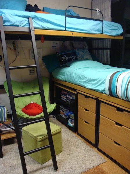 Blaisdell Hall (PAR) Resident Room. University HousingDormHall Part 90