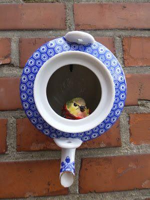 Make a birdhouse from vintage teapots! See how on HGTVs Design Happens blog...