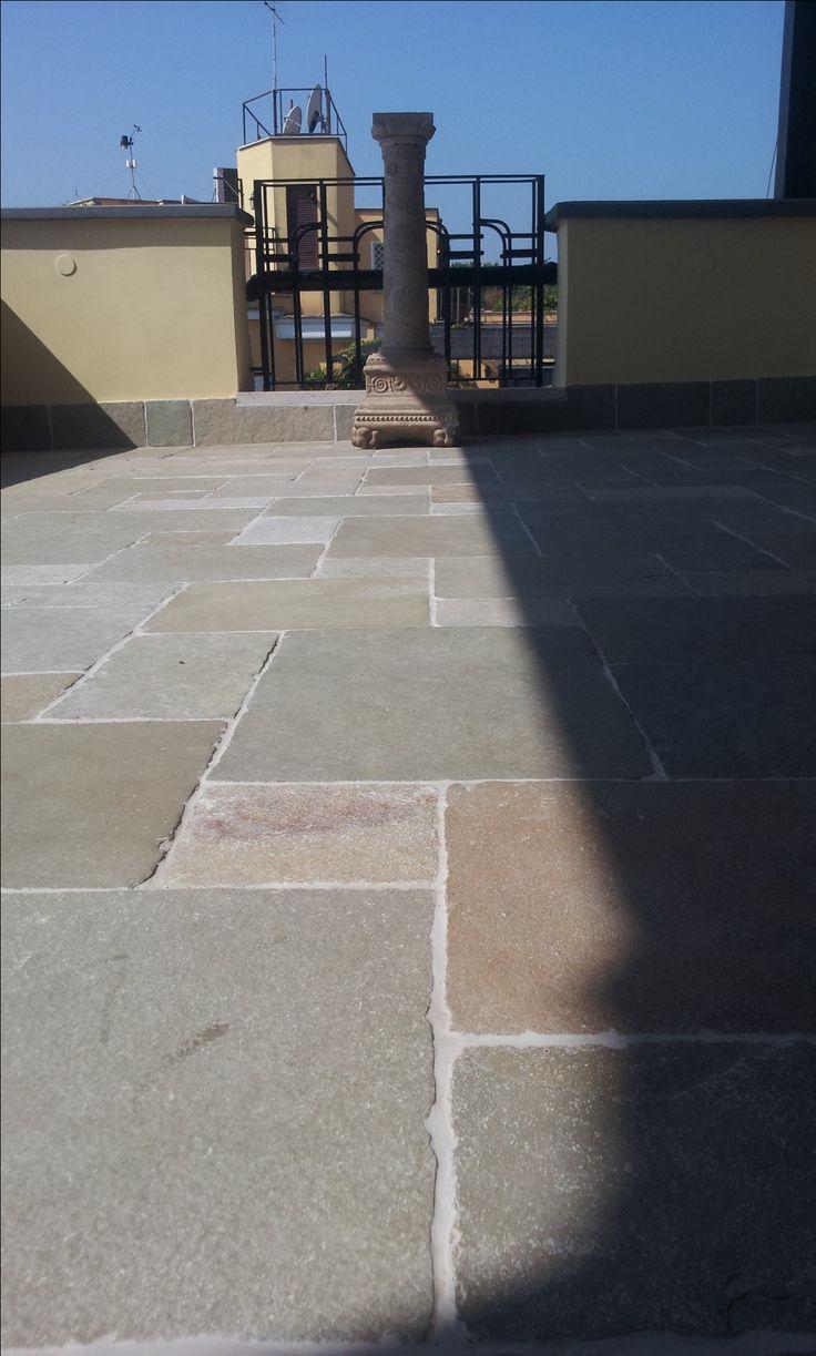 pavimento terrazza in pietra calcare virens - www.pulchria.it