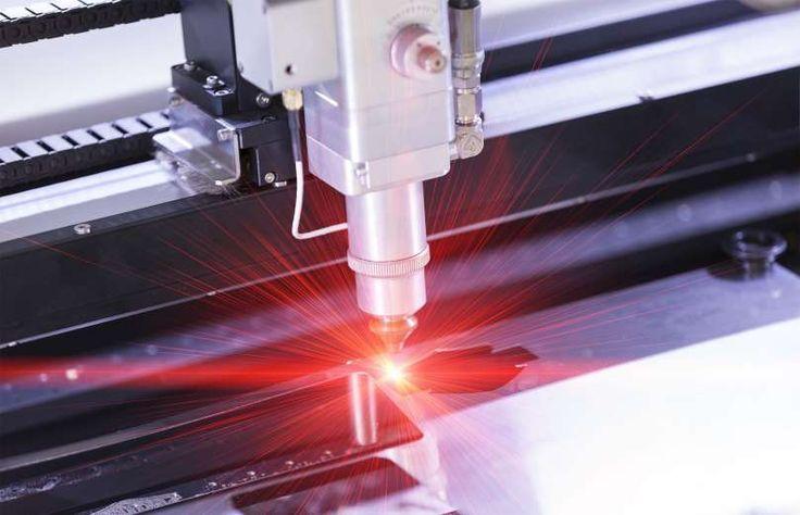 Raios laser são bastante comuns em filmes e livros de ficção científica, como os blasters usados pel... - Foto: Shutterstock