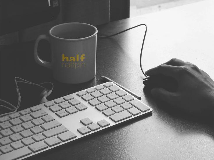 Cu ajutorul programelor specifice, putem crea practic sediul afacerii tale in lumea virtuala: magazin online, pagina dinamica, continut animat sau simpla pagina de prezentare statica. www.halfpin.ro