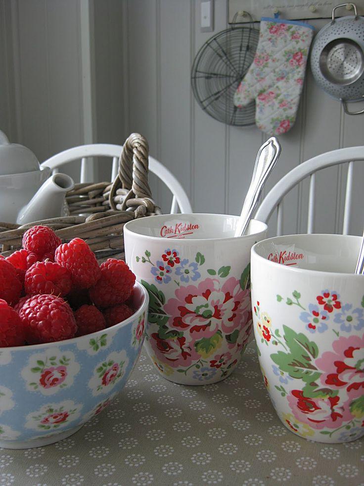 Cath Kidston, floral crockery.