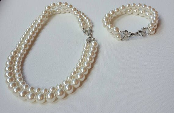 Check out this item in my Etsy shop https://www.etsy.com/ca/listing/523667686/pearl-necklace-and-bracelet-set3-in-1