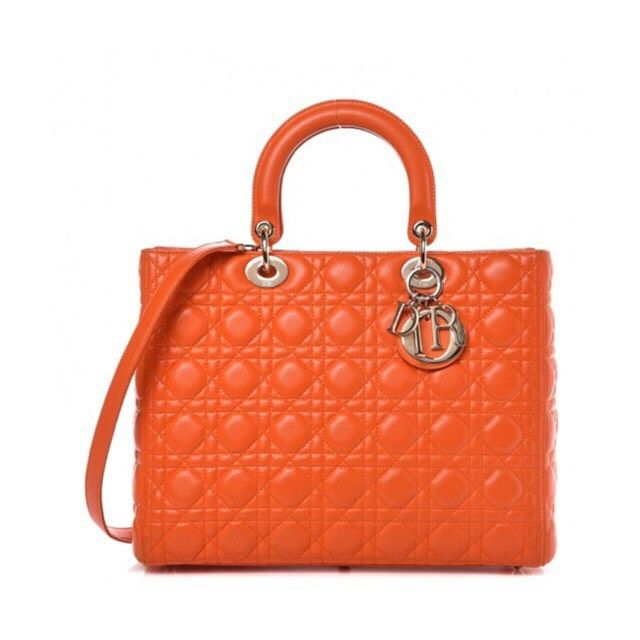Lady Dior Available 4500 Zl Tap The Image For More Photos Ladydior Diorbag Dior Komisluksusowy Preownedluxury Itbag In 2020 Lady Dior Dior Dior Bag