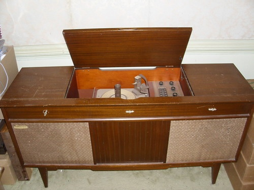Emerson Vintage Stereo Console Stereo Console Vintage