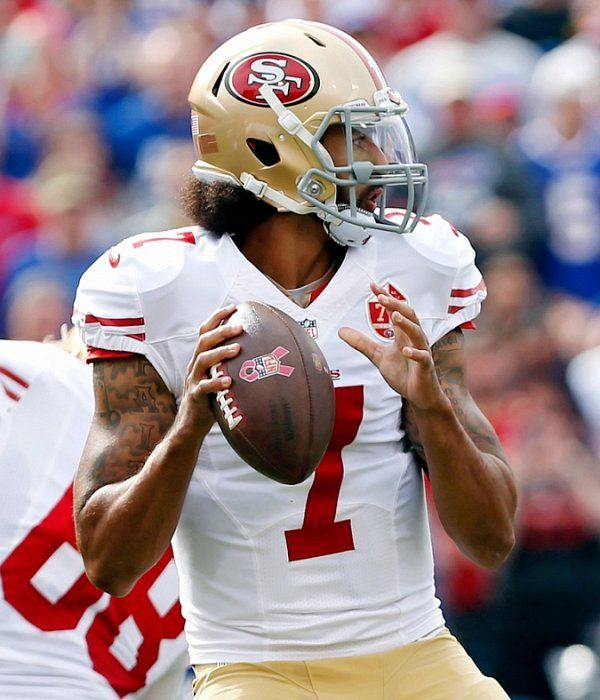 Halftime: Kaepernick-led 49ers won't go away in 17-13 battle with Bills