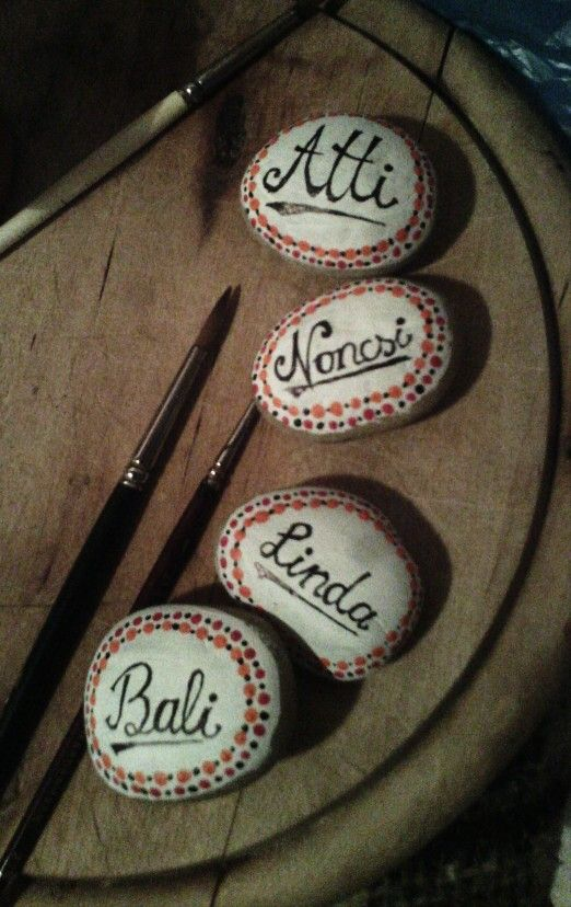 Acryl painted stones for a party