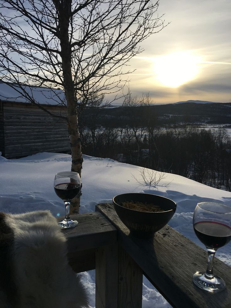 Evening drink at the porch #tänndalen #fjällen #sweden