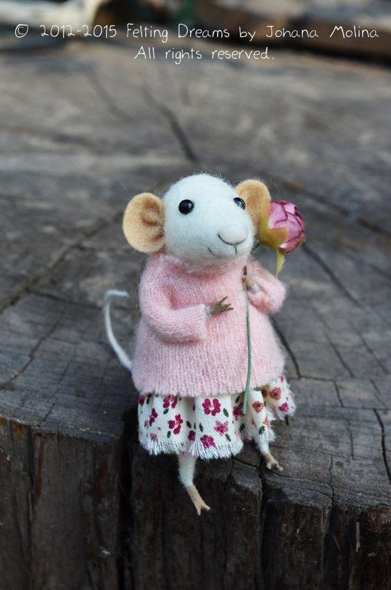 Little Coquet Mouse-  Needle Felted Ornament - Felting Dreams by Johana Molina - READY TO SHIP