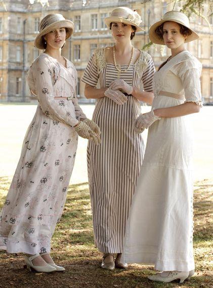 The young ladies of Downton Abbey  J'aime cette série!