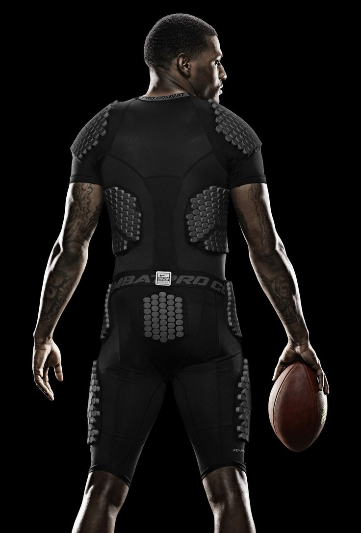 padding armor silhouette... SWEAT-WICKING, PADDED PROTECTION The Nike Pro Combat Hyperstrong Compression 13 Padded Men's 3/4 Football Pants are designed with tough, padded protection from hips to knees to shield the body from hard hits. Made with sweat-wicking fabric and breathability in key areas, these cropped pants deliver total comfort for practice and games.