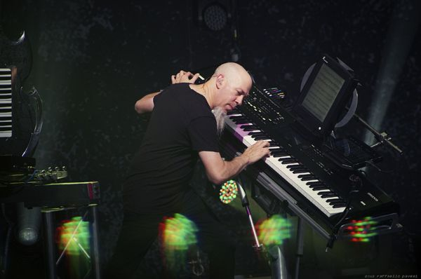 The inside story of how Jordan Rudess of Dream Theater, known as arguably one of the greatest rock keyboardists of all time became successful.