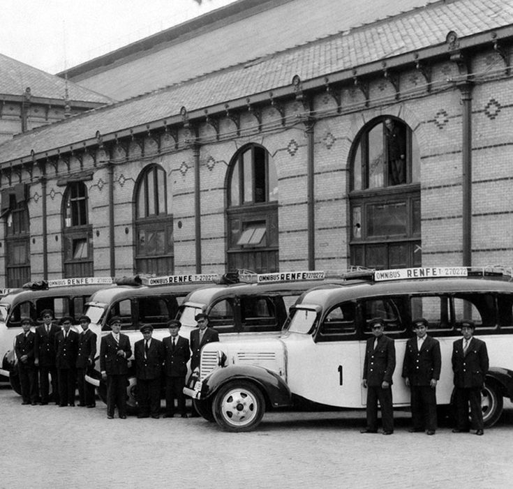 Estación de Atocha. 1947 http://ibytes.es/blog_historia_de_madrid_fotografias_1907-1965.html