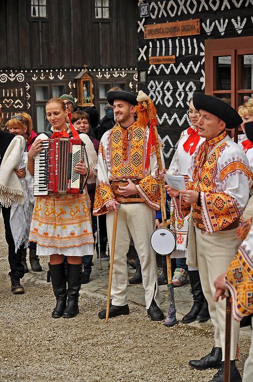 slovak-folk-costumes:  Čičmany village, Považie region, Western Slovakia.  #world #cultures