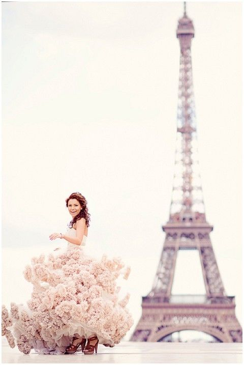 Celebrate your wedding day in Paris!