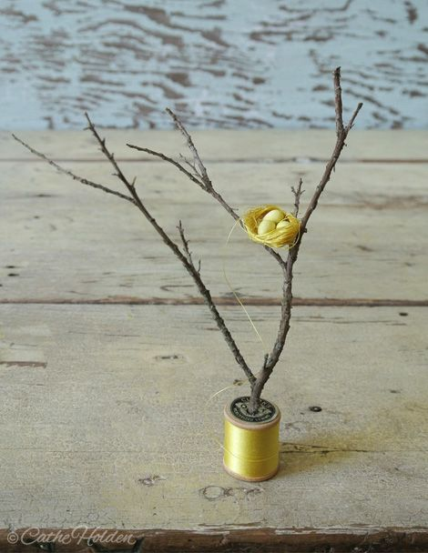 So adorable.   What a great idea for a centrepiece.  Thread & Spool Nests by Just Something I Made.