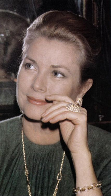 Grace Kelly, Princess Grace of Monaco                                                                                                                                                                                 Más