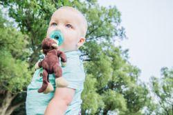 Brooke Wedlock Photography - Summer Hangout #babyportraits #babyboy #portrait #familyphotographer #familyportraits #torontophotographer #naturallight #toddler #summer #highpark #lifestyle