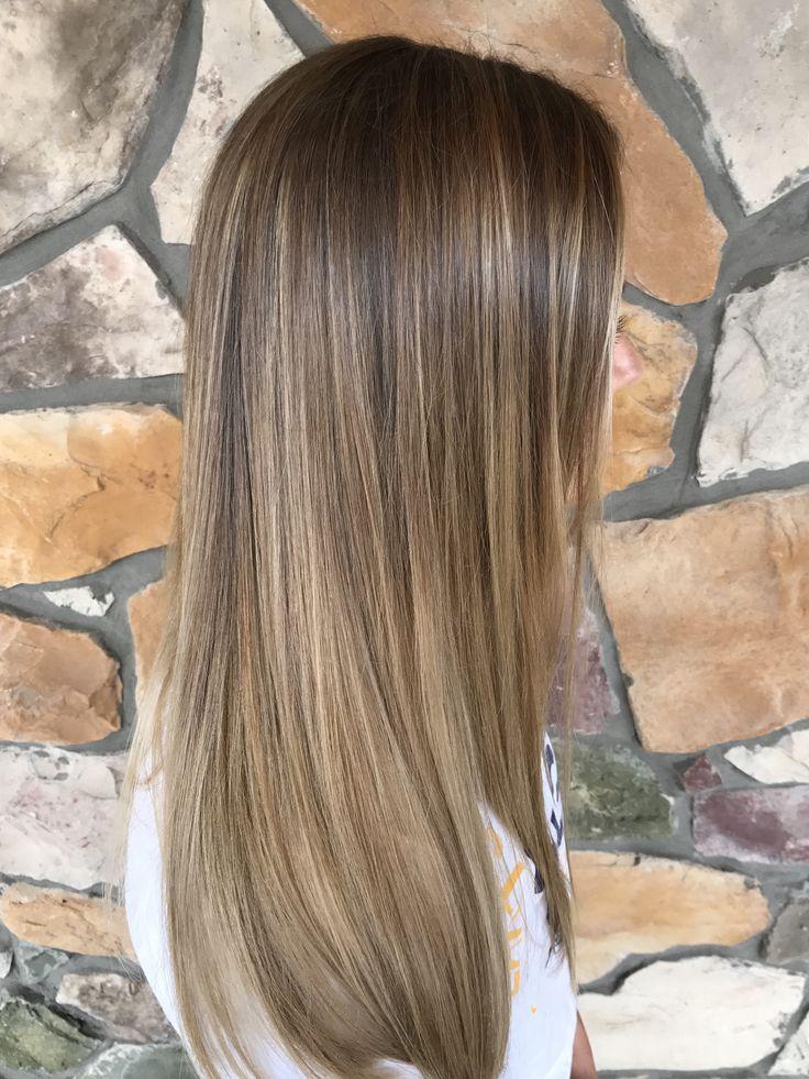 Ariel Edens Hair Studio in Pittsburgh, PA. 412-625-7023 IG @arieledenshairstylist #arieledenshairstylist #ombre #longhair #bronde #honeyblonde #sombre #balayage #pittsburgh #highlights #blonde