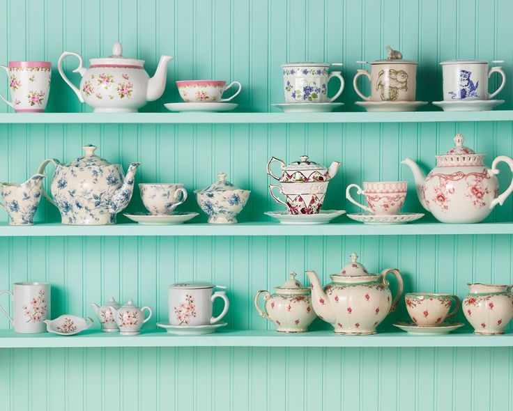 We're in love with the timeless charm of traditional teaware!  Shop traditional tea sets »
