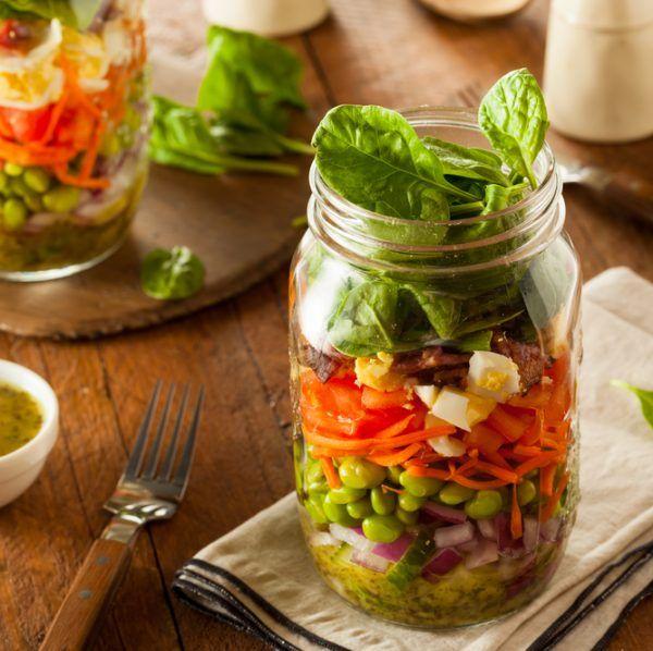 #ShapeTaperaki: Φτιάξε σαλάτα στο βάζο με τις οδηγίες της διαιτολόγου! Αυτό θα πάρεις στη δουλειά! - Shape.gr