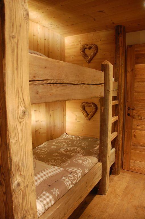 Oltre 25 fantastiche idee su camere da letto da baita su for Piccole cabine rustiche