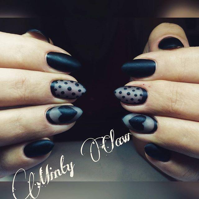 #paznokcie #nails #manicure #instanails #mintyclaw #indigo #naturalnails #hybridnails #hybrydy #sheerblacknails