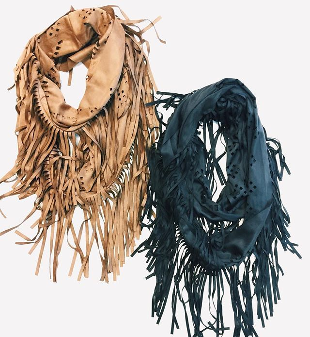 suede fringe scarf | trendy scarf for your winter outfits | #shophoitytoity #htholiday gift idea!