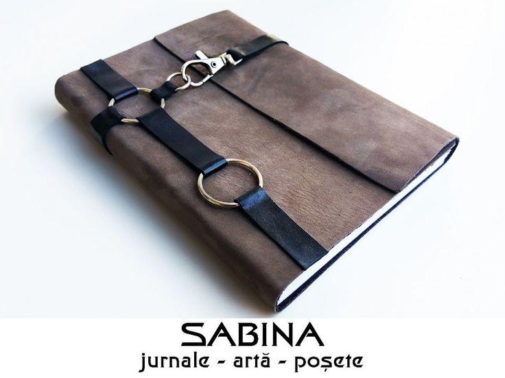 60 LEI | Jurnale handmade | Cumpara online cu livrare nationala, din Timisoara. Mai multe Papetarie in magazinul ArtGallerySABINA pe Breslo.