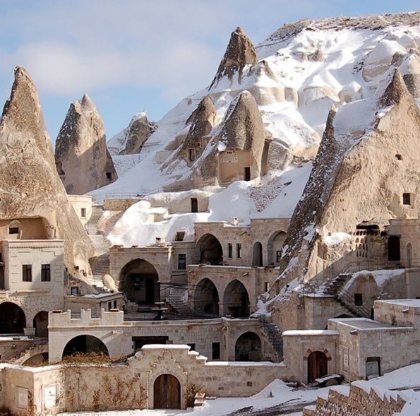 Carved into the mountains in Nevsehir (Turkey) the 5* Cappadocia Cave Resort & Spa Boutique is one of few hotels around the world to be built on a UNESCO world heritage site...
