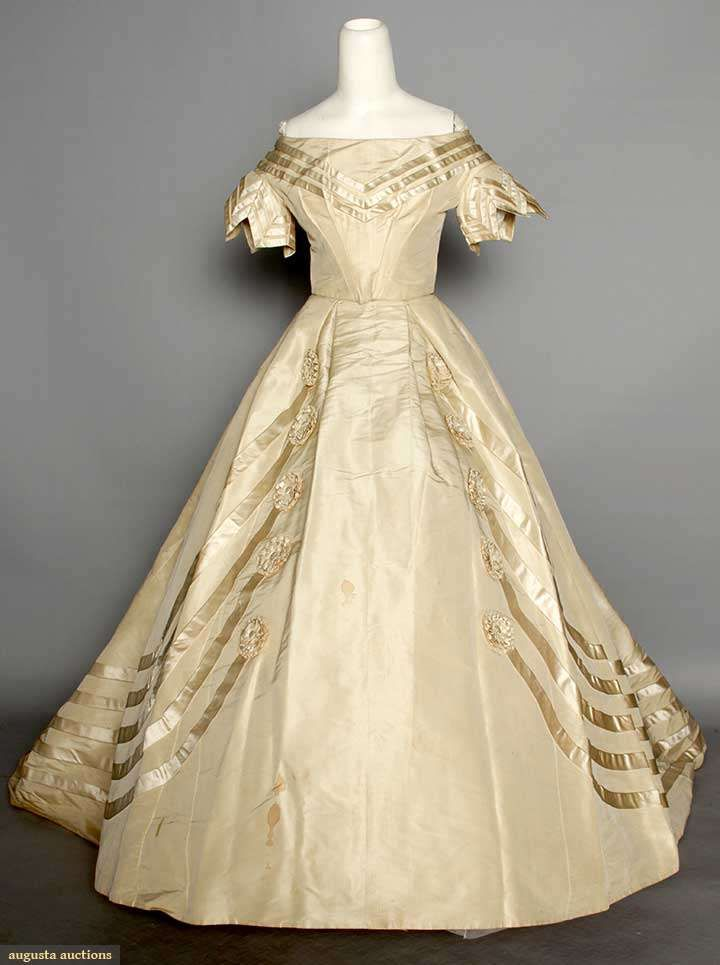 1083 best victorian cream ivory gowns 1837 1901 images for Wedding dresses lowell ma