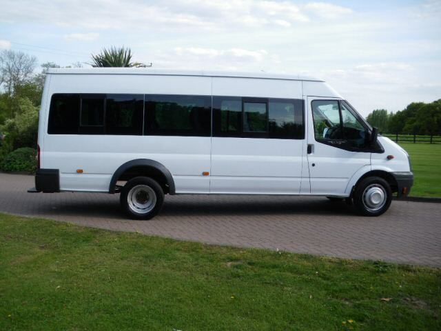 AA minibus travel is always a good choice for comfortable journey. A minibus service is accessible easily throughout the 24/7 without any barrier.