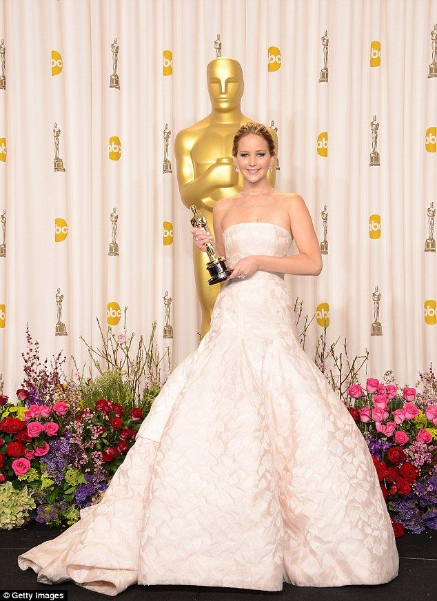 323 best images about Oscar Fashions Through the Years on ...