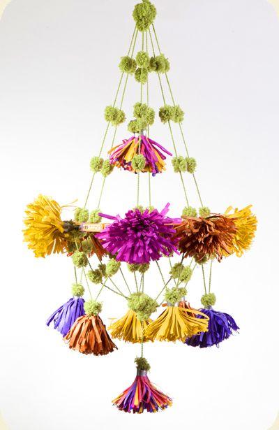 Paper pouf chandelier @Sarah Joseph