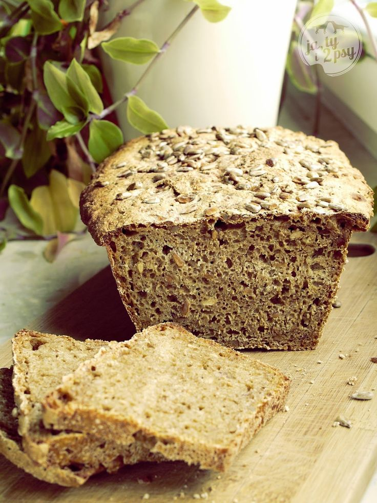 Ja, ty i 2 psy --> sunflower seeds & bread