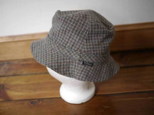 Vintage TOTES Wool Tweed Plaid Cotton Reversible Rain Hat Bucket Cap Small