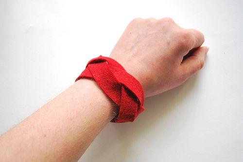 felt braid bracelet