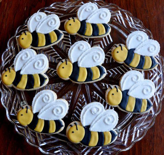 "One Dozen Bumble Bee Sugar Cookies by KelleyHartCookies on Etsy.... ""What will it bee?"""