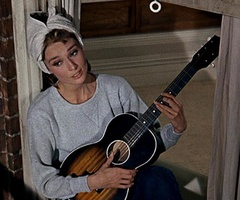Audrey HepburnMoon, Hepburn Breakfast, Gimme, Breakfast At Tiffanys, Audrey Hepburn, Tiffany'S Singing, Holly Golightly, Favorite Moments, Golightly Guitar