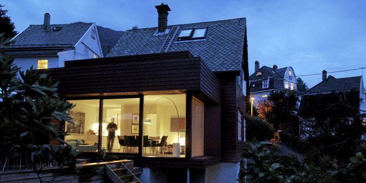 Tilbygg? MYE ROM PÅ LITEN PLASS: Arkitekt Todd Saunders tegnet et tilbygg på 30 kvm som rommer både kjøkken og stue og to terrasser. FOTO: Eirik Brekke/Bergens Tidende
