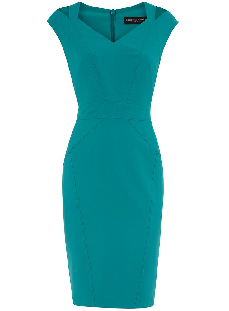 the color...and the cut gives me life  #dorothyperkins  #curvyfashion