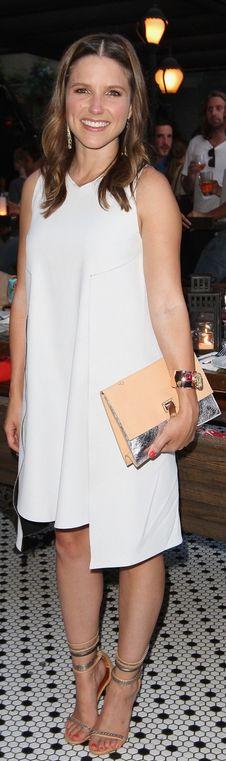 Best images about Sophia Bush on Pinterest   Her hair  Joe     Imperio de Famosas