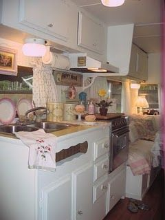 Nancy's Vintage Trailers: Can You Believe This is A Vintage Trailer!!