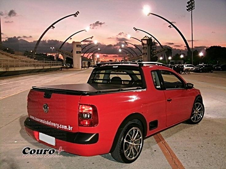 """VW Saveiro G5 vermelha rebaixada, molas esportivas JJ Especiais, rodas Zetta ZT357 aro 17"""""""