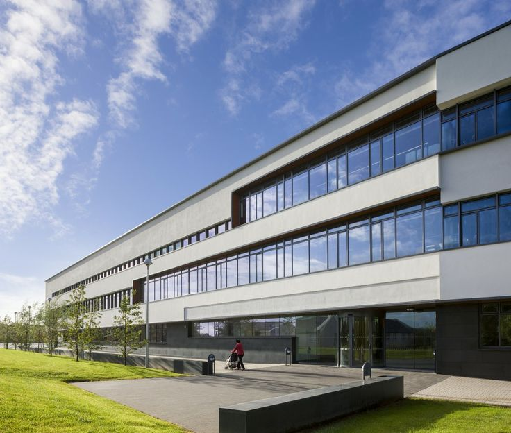 National University Of Ireland, Galway | Science Research Building / Payette