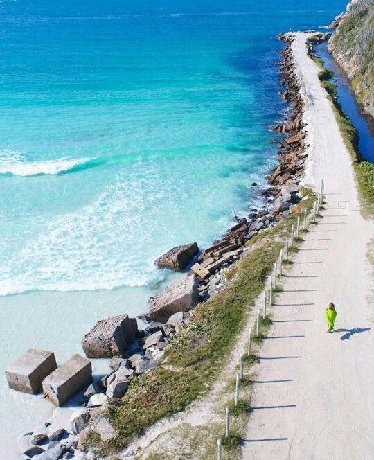 A Praia do Pontal, Arraial do Cabo, Rio de Janeiro, Brasil bythiagolopez