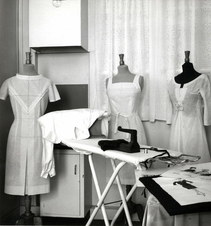 58 best metiers d 39 autrefois images on pinterest antique - La chambre syndicale de la haute couture ...