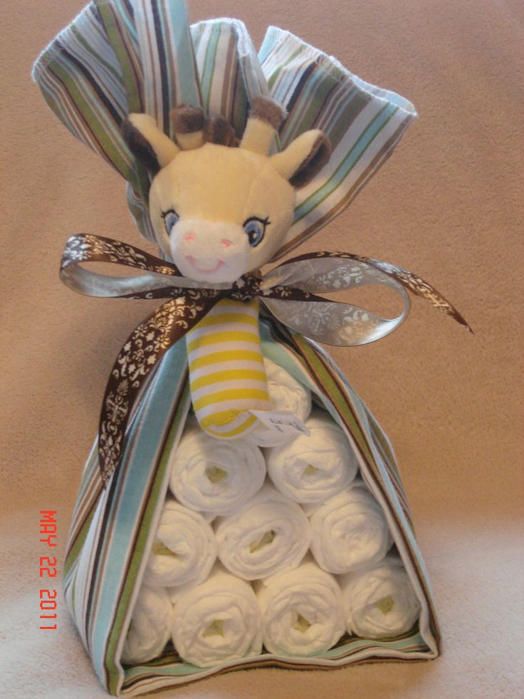 "diaper ""animal"" - 10 diapers, receiving blanket and adorable rattle. Cute for a baby shower."